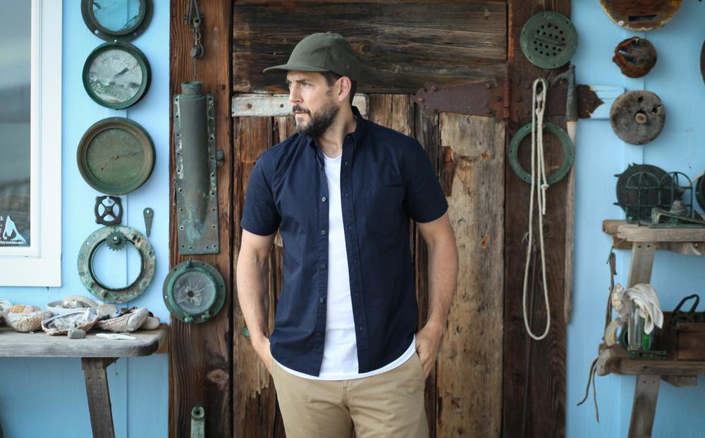 Elm Mira Hat | Welcome Stranger S/S | Taylor Stitch Khaki Shorts