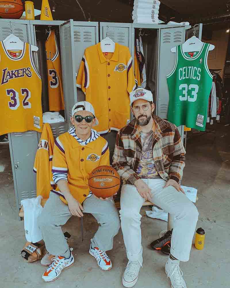new style c8832 a7c44 Showtime Lakers Are Back - Outlined Cloth